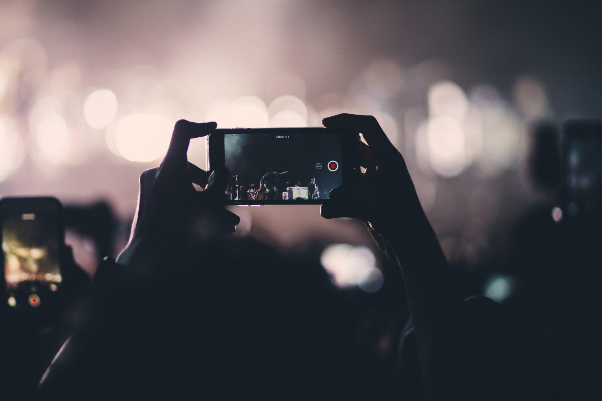 Programe de făcut video din poze cu muzică, scris și efecte speciale